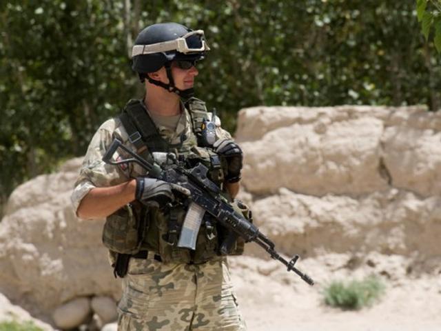 Odpowiednie wyposażenie osobiste to nie żadne fanaberie - to konieczność./fot. PKW Afganistan