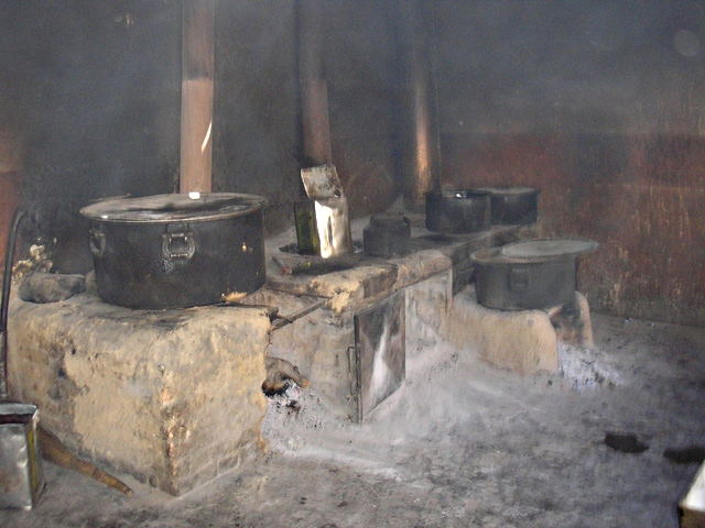 Długo nie zapomnę też widoku kuchni, w której gotowano wychowankom posiłki.../fot. Marcin Ogdowski