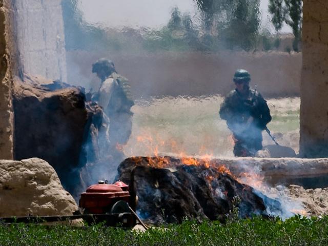 Wojenne przeżycia mogą zniszczyć powojenne życie żołnierza.../fot. Adam Roik, Combat Camera DOSZ