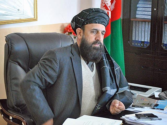 Gubernator prowincji Ghazni w swoim gabinecie/fot. Marcin Ogdowski