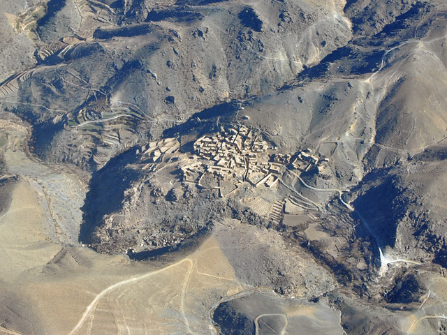 ... choć surowość afgańskiego krajobrazu może urzekać/fot. Marcin Ogdowski