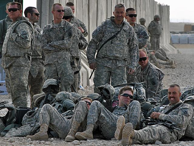 Większość ISAF stanowią Amerykanie - i to główny powód, zdaje się, niedostrzegania innych, mniejszych kontyngentów/fot. Marcin Ogdowski