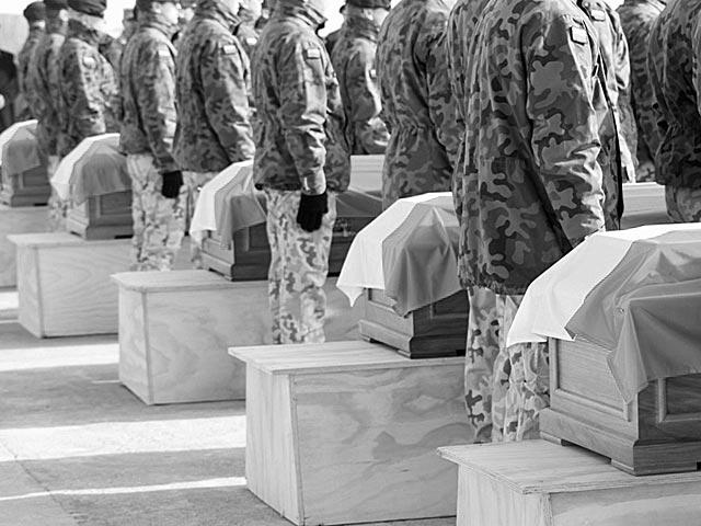 Poranne uroczystości pożegnale w Ghazni, w których udział wziął premier Donald Tusk/fot. PKW Afganistan