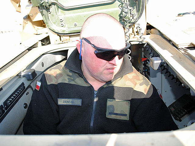 Piotrek, kierowca wozu Arka/fot. Marcin Ogdowski