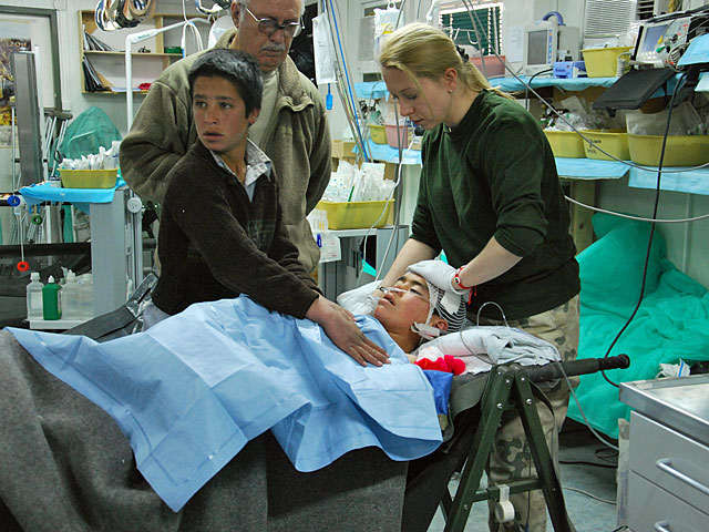 Na pomoc służb medycznych kontyngentu mogą również liczyć Afgańczycy/fot. Dominika Karasek, PIO Afganistan