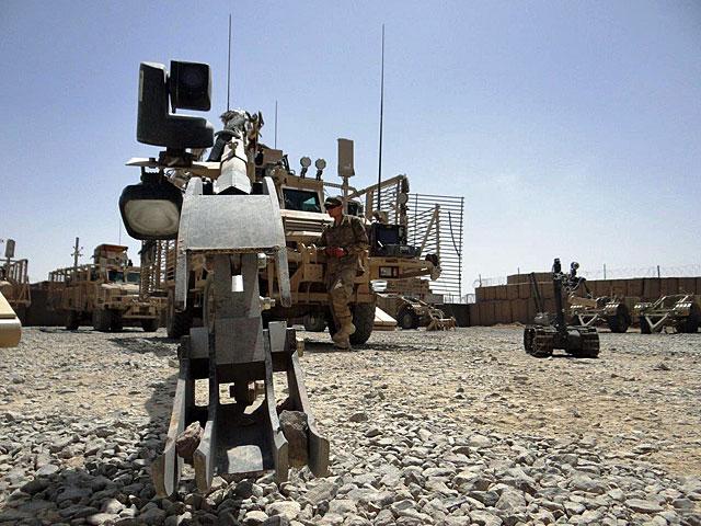 Żołnierze z RCP to grupa najwyższego ryzyka. Ghazni, lato 2012/fot. Marcin Gil