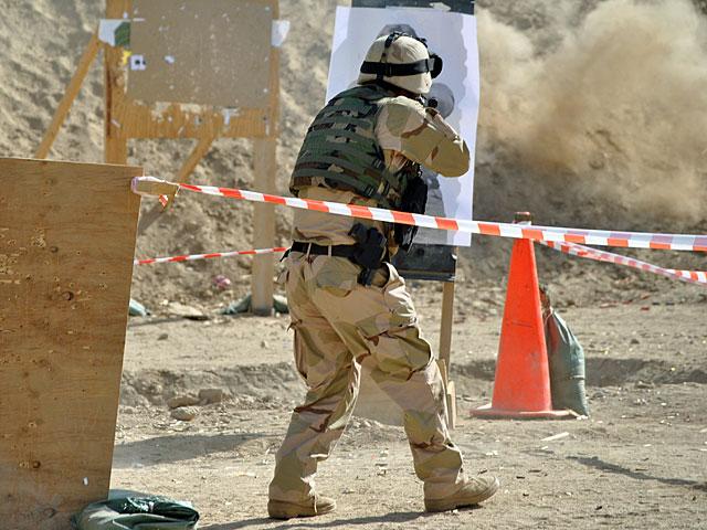 Gdy rozległ się alarm, razem z Marcinem fotografowaliśmy ćwiczenia oddziału specjalnego afgańskiej policji, prowadzone przez chłopaków z Lublińca. Oto jedno z ostatnich zdjęć, które wykonałem, nim komandosi przerwali szkolenie i wpakowali nas do jednego ze swoich pick-upów.