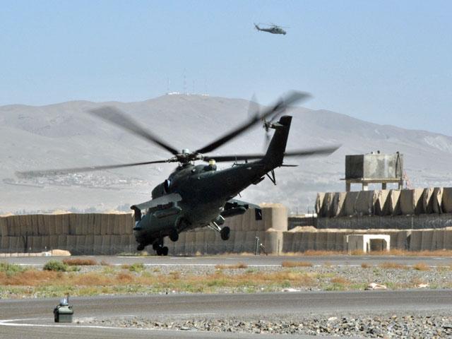 Start Mi-24 z helipadu w Ghazni, jesień 2013/fot. Marcin Ogdowski